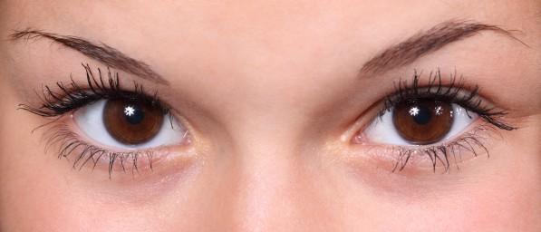 глаза тушь